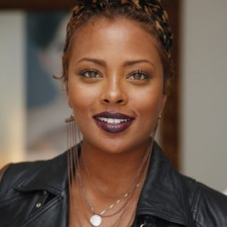 eva-marcille-dark-vampy-lipstick-color-beauty-ans-the-beat-blog