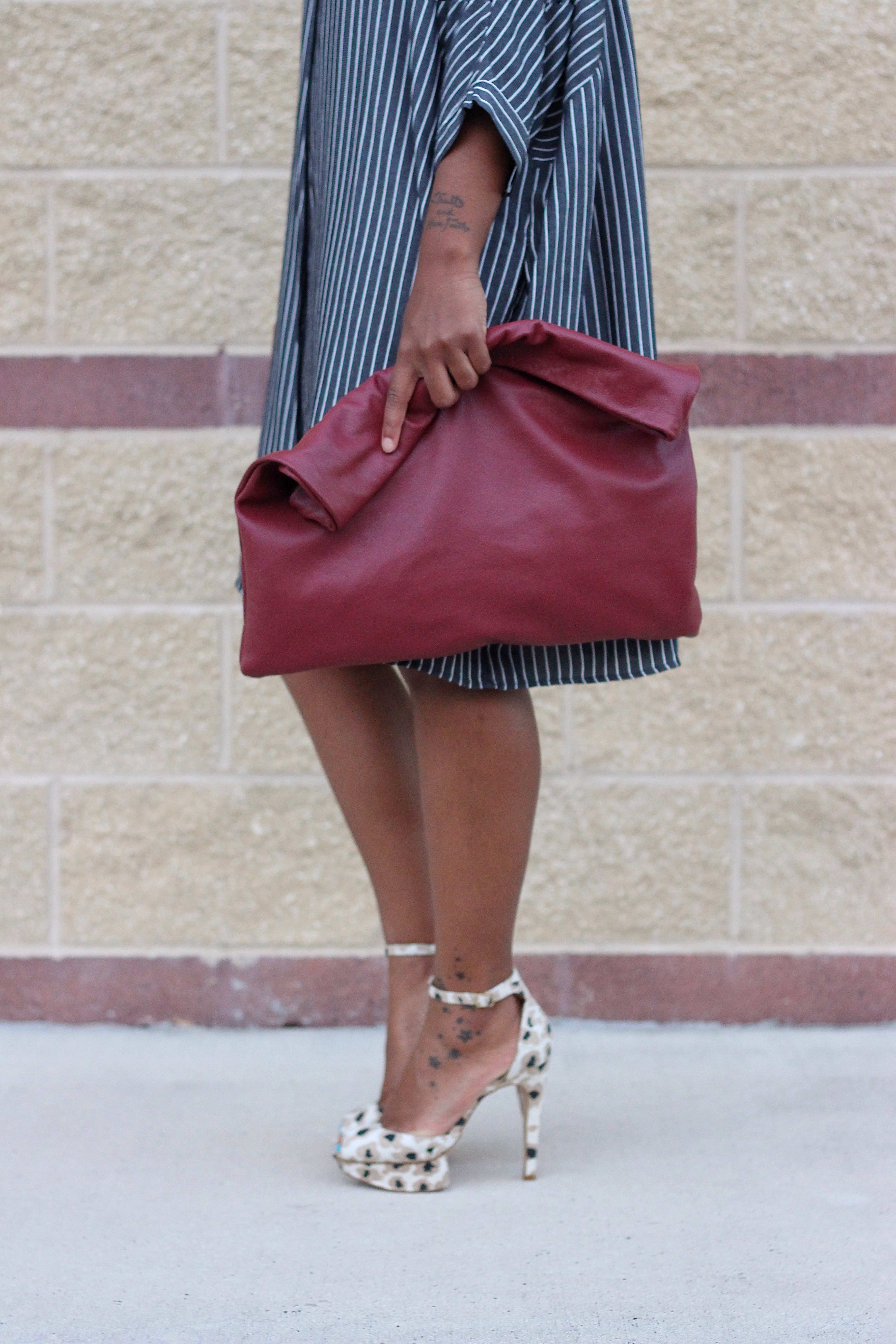 Love-Cortnie-Color-Me-Roll-Down-Clutch-glam-interview-beauty-and-the-beat-blog