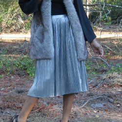silver-pleated-skirt-cold-shoulder-black-cape-top-faux-fur-vest-topshop-black-heels-beauty-and-the-beat-blog
