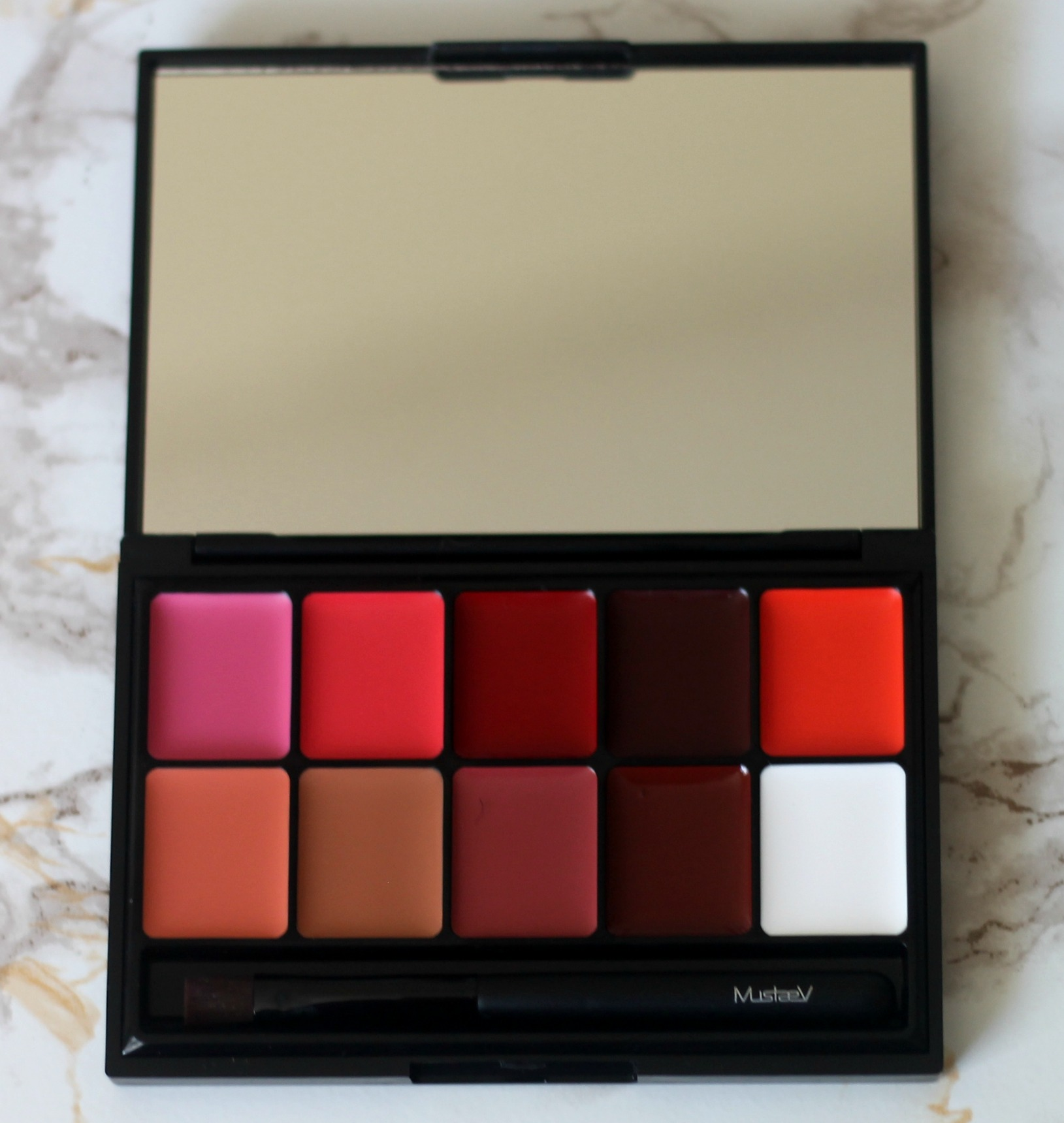 mustaev-beauty-10-Shade-Lip-Cream-Pro-Palette-product-review-swatches-on-dark-skin-beauty-and-the-beat-blog