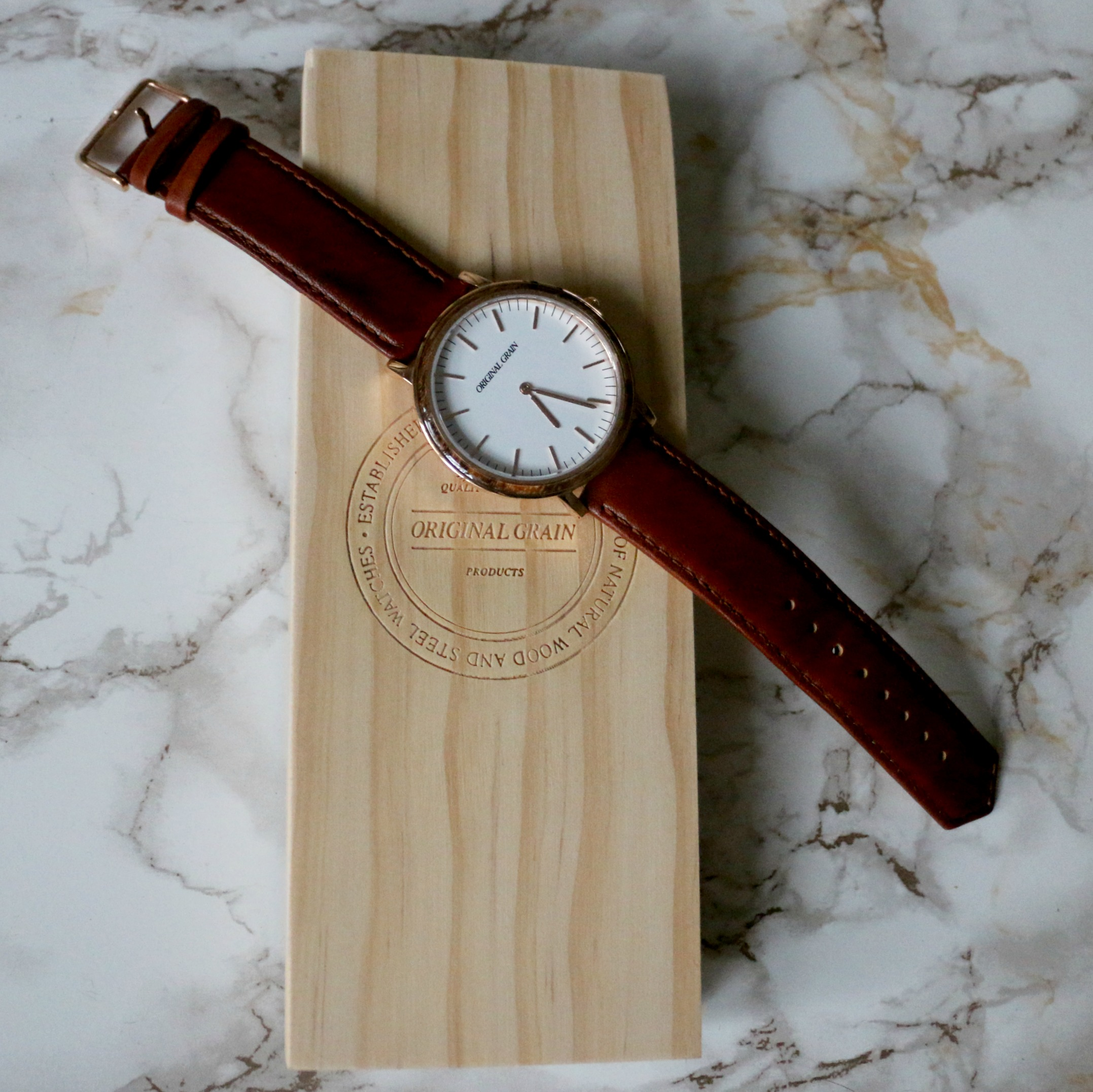 original-grain-minimalist-collection-rose-gold-sorewood-watch-for-men-fashion-beauty-and-the-beat-blog