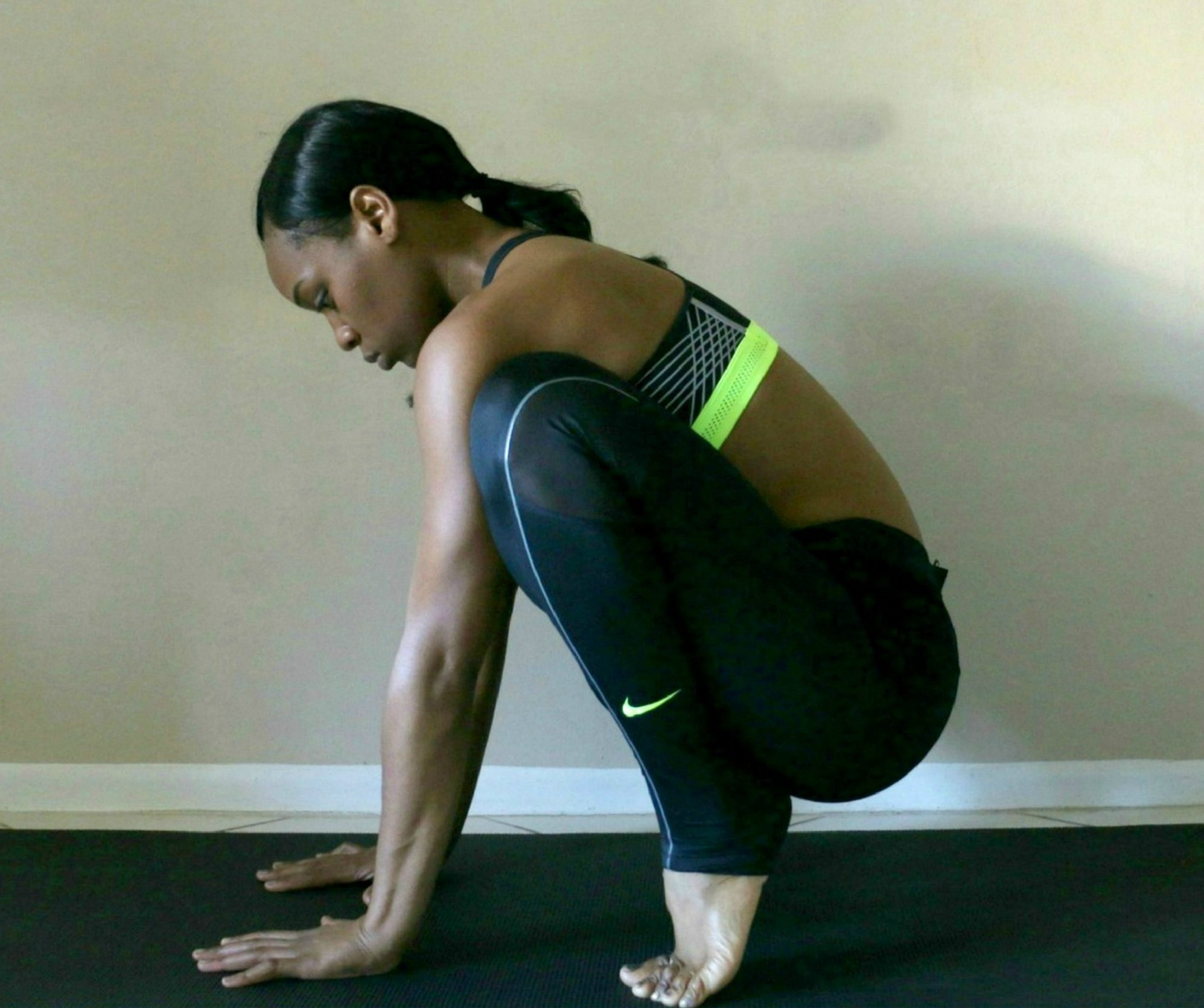 bakasana-step-one-squat-pinterest-tutorial-crow-crane-pose-for-yoga-beginners-tutorial-how-to-easy-beauty-and-the-beat-blog