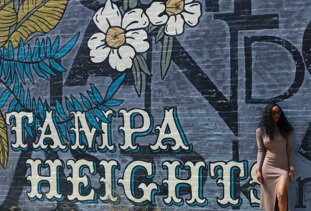 tampa-heights-mural-nasty-gal-ootd-beauty-and-the-beat-blog