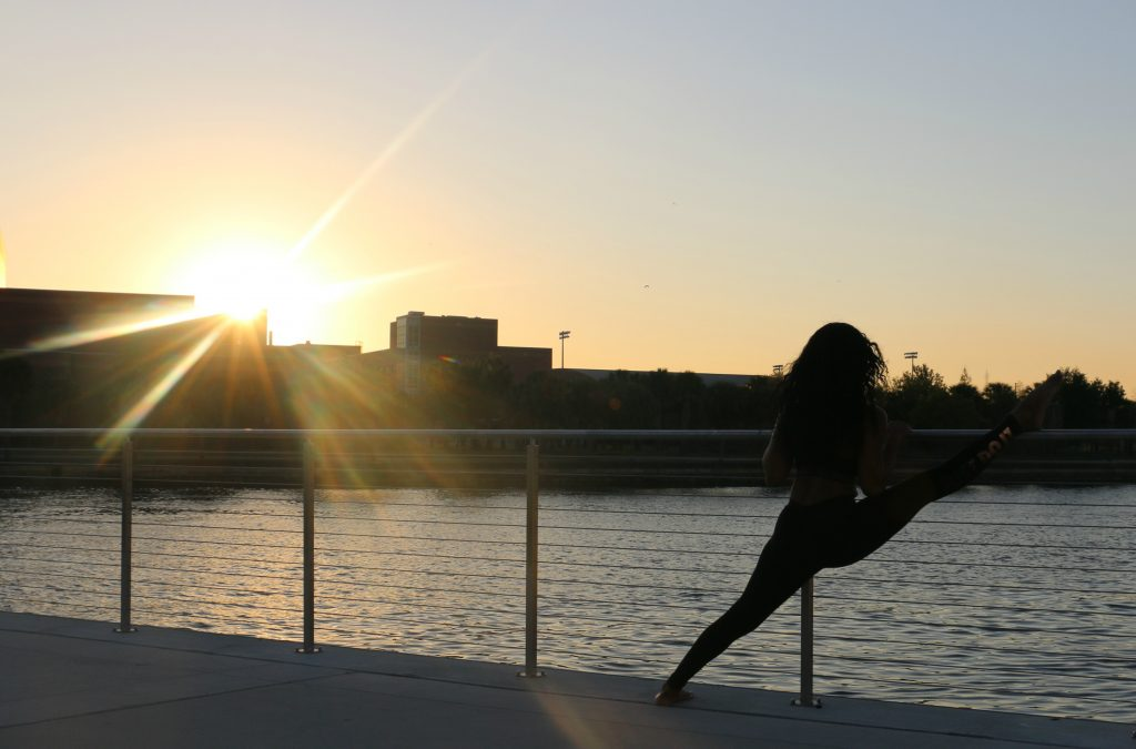 yoga-sunset-reflection-waterfront-tampa-beauty-and-the-beat-blog
