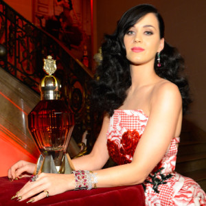 Beauty Crush: Katy Perry's New Perfume- Killer Queen